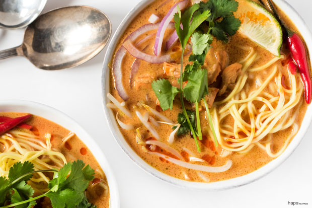 This Spicy Thai Curry Noodle Soup is rich, creamy, and packed with ...