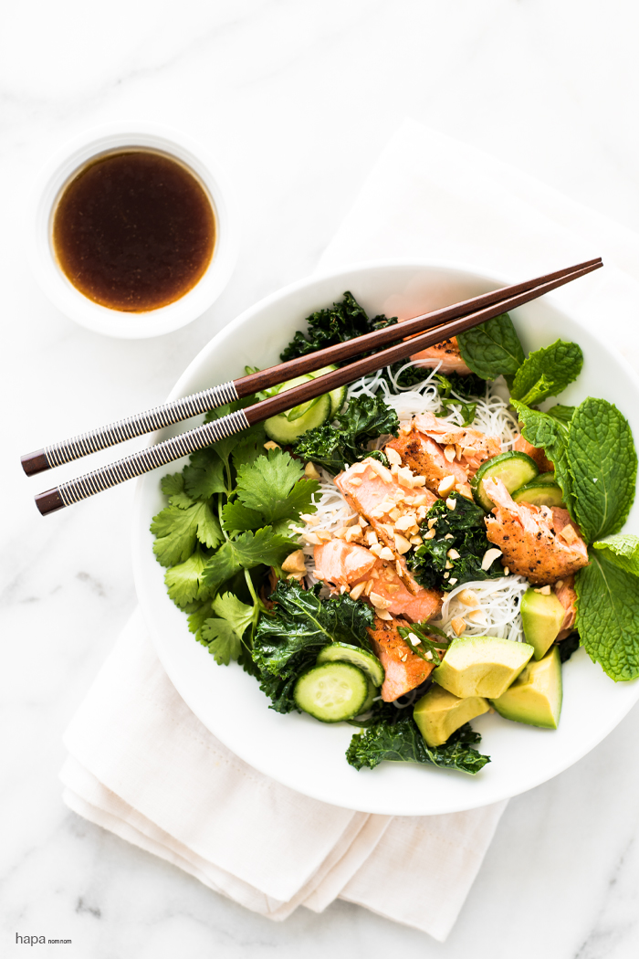 This noodle bowl is jam-packed with goodness! Pan seared salmon, garlicky kale, avocado... the list of greens goes on! Each bite is nutrient-rich and delicious!